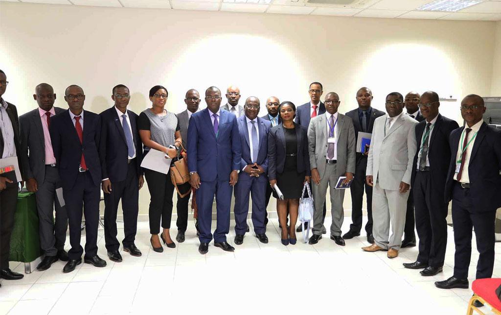 Commercialisation des produits d'assurances : La Direction des Assurances sensibilise les banques à l'acquisition des cartes professionnelles