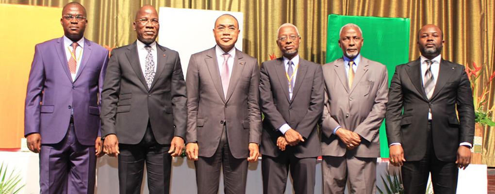 ASSURANCES : Régulateur, opérateurs et usagers ensemble pour dynamiser le secteur